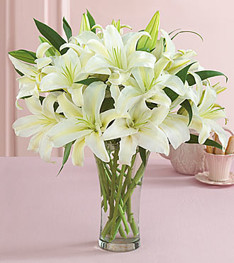 white-lilies-arrangement