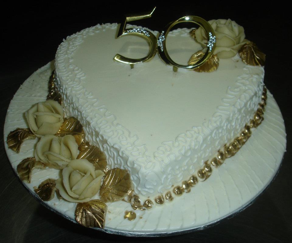 Anniversary Cake 6 lbs