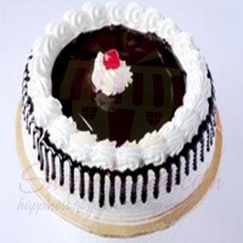 black-forest-cake-2lbs-from-tehzeeb-bakerz