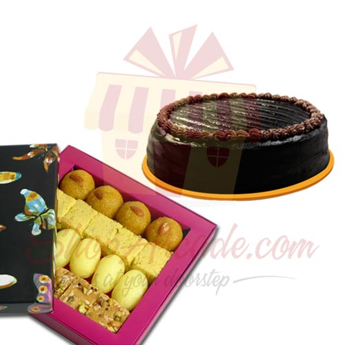 Cake With Mithai