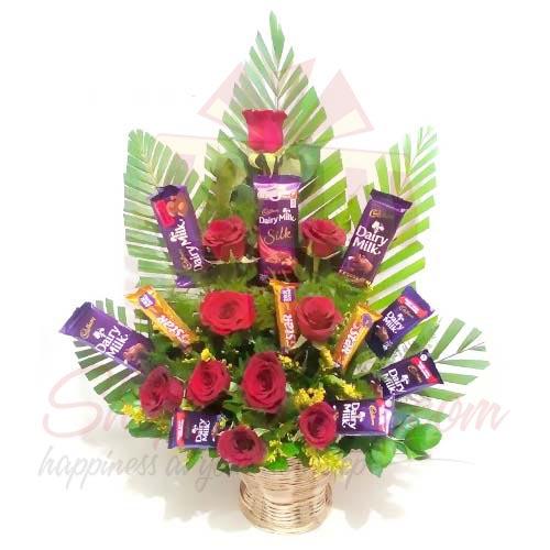 Rose Cadbury Basket