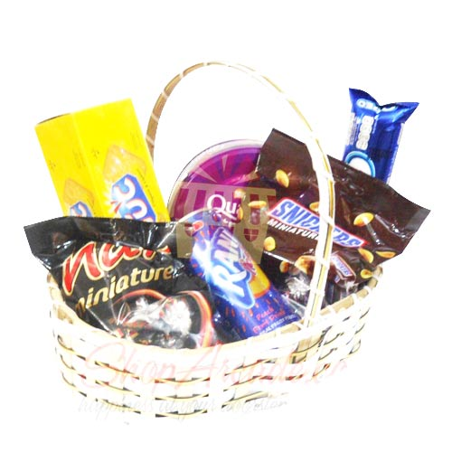 Party Treat Basket