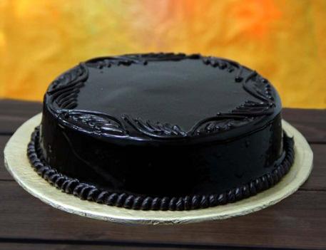 chocolate-fudge-cake-2lbs