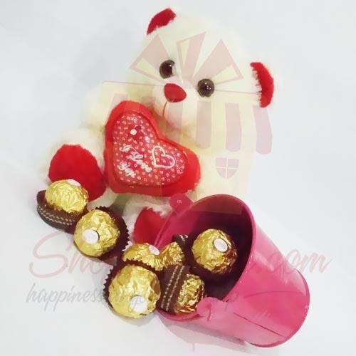 Ferrero Bucket With Teddy