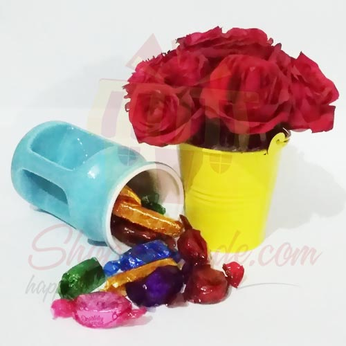Rose Bucket With Choco Mug