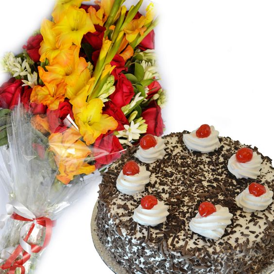 flower-bouquet-with-cake