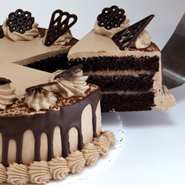 Fresh Chocolate Cream Cake (4lbs) - Serena Hotel
