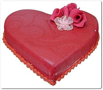 heart-shape-cake-3lbs-from-tehzeeb-bakers