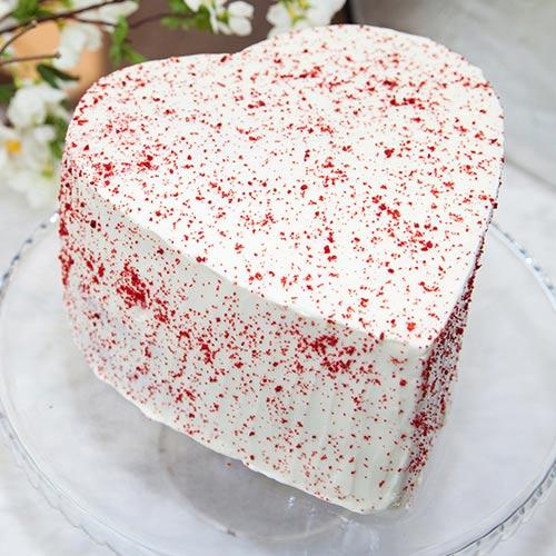 Heart Shaped Red Velvet Cake 2lbs