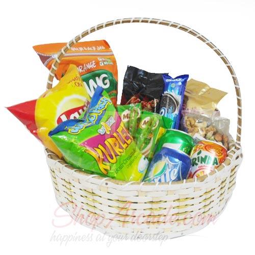 Snack n Drink Basket