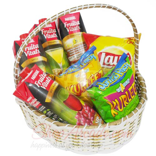 Chips n Juices Basket