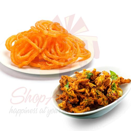 Pakoray With Jalebi