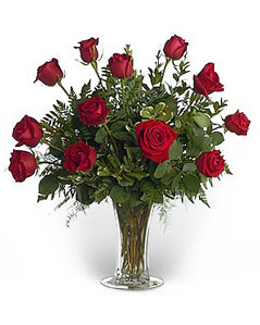 roses-in-vase-