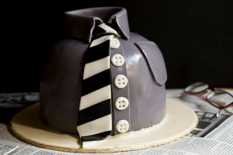 All Tied Up Cake 5 lbs