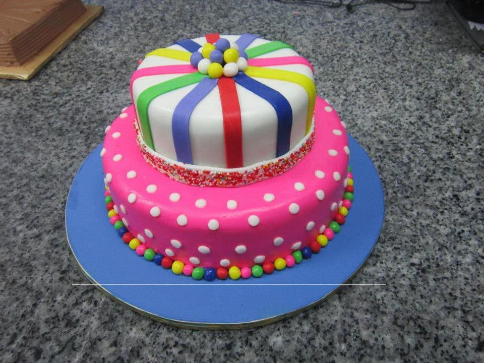 Preey in Pink Cake 10 lbs