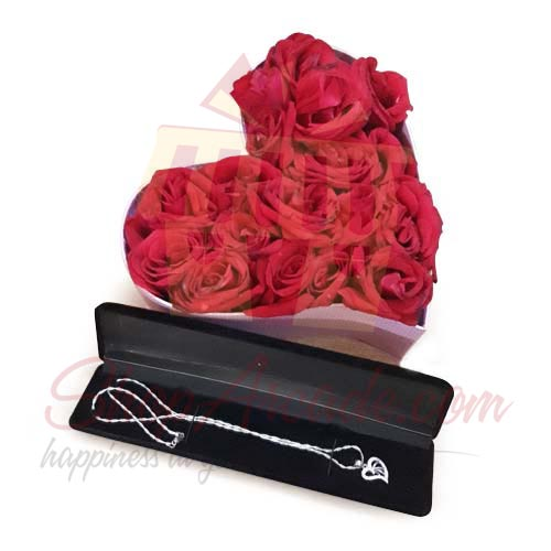 Rose Box With Pendant