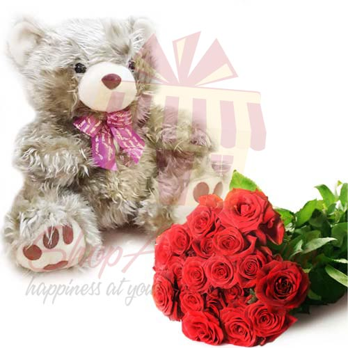 Roses With Golden Teddy
