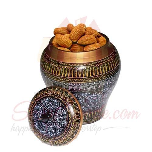 Almond Pot