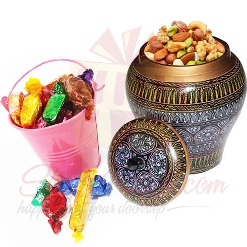 Dry Fruits With Chocs