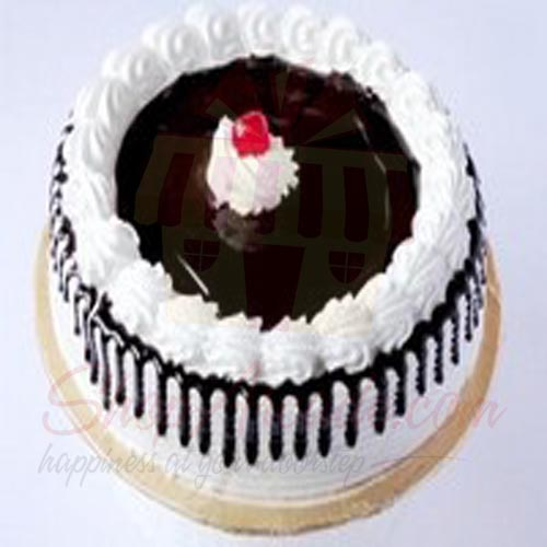 black-forest-cake-2lbs-from-tehzeeb-bakerz
