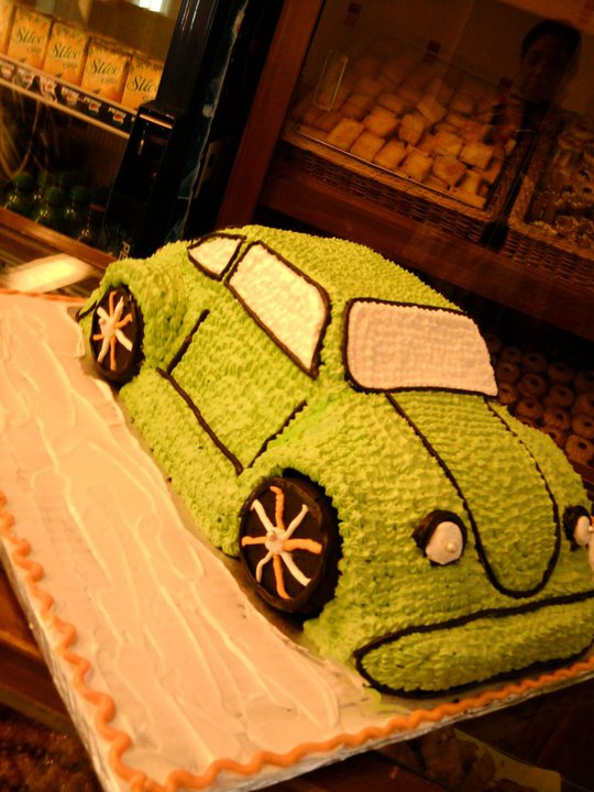 car-shaped-cake-6-lbs