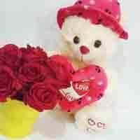 rose-bucket-with-cute-teddy