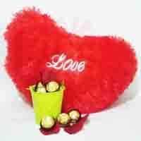 heart-cushion-with-rose-choc-bucket