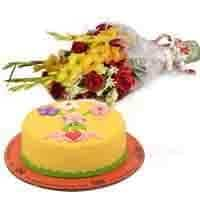 mothers-day-cake-with-bouquet