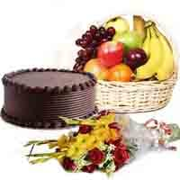 flowers-n-fruits-with-choco-cake