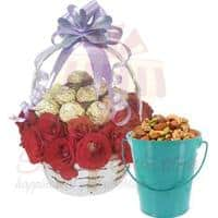 rose-choc-basket-with-dry-fruits