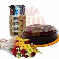 bouquet-with-cake-and-sweet-bucket