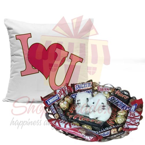 teddy-choco-tray-with-love-cushion