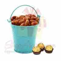 peanut-bucket-with-chocs
