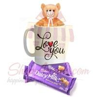 teddy-mug-with-chocolates