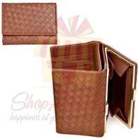 tan-woven-wallet