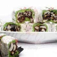 1kg-dates-and-nuts-filled-kaju-katli