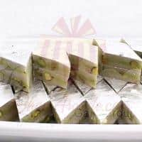 1kg-kaju-katli-with-pista-chunks