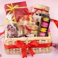 chocolaty-love-hamper-by-lals