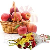 bouquet-with-apple-basket