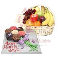 cupcakes-with-fruits
