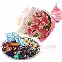 chocolate-cake-with-lilies