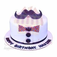 mustache-fondant-cake---sachas-bakery