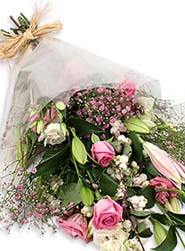 pink-gift-wrap
