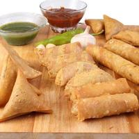 rolls-and-samosas