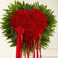 red-roses-heart-basket