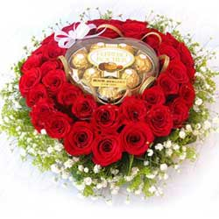 heart-roses-chocolates