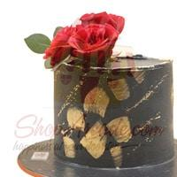 black-beauty-with-rose-cake-by-sachas