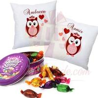 quality-street-with-cushion-pair
