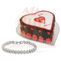 mothers-day-cake-with-bracelet