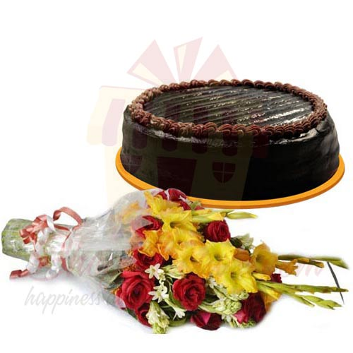 chocolate-cake-with-flowers